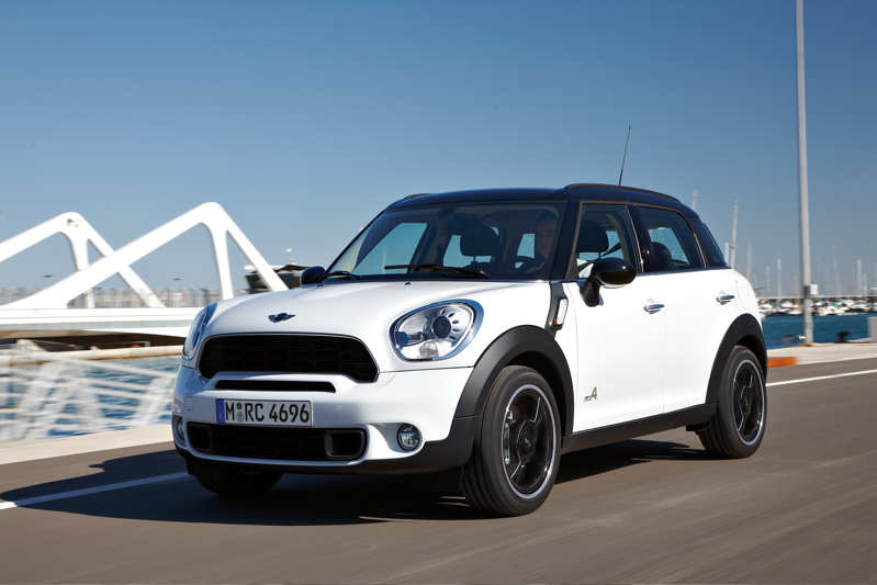 mini_cooper_s_countryman_1