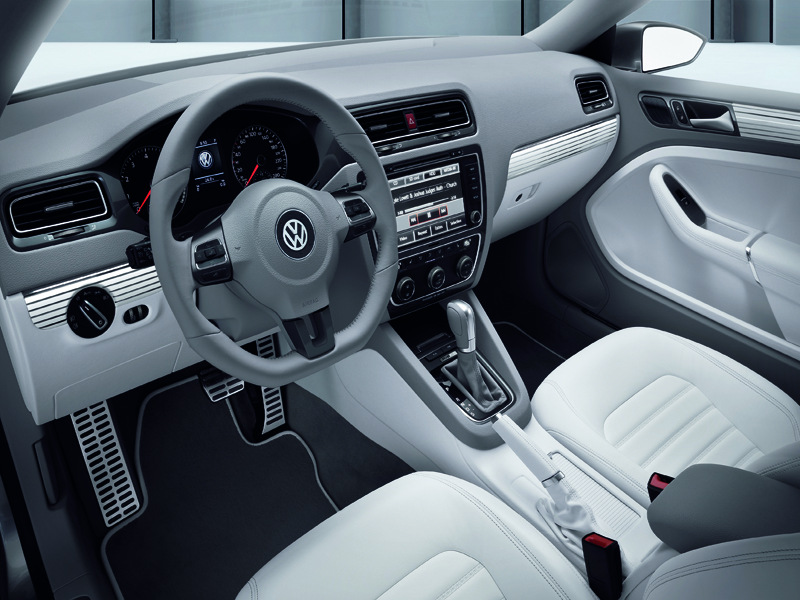 volkswagen_new_compact_coupe_4