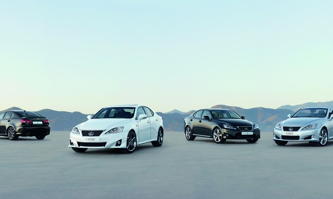 Lexus IS 2011: efficienza e grinta