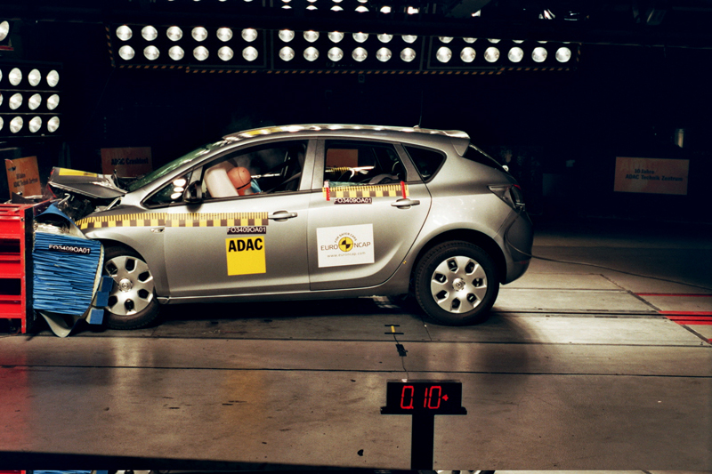 Opel Astra - Il crash-test