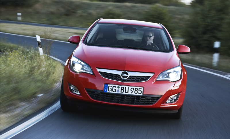 Opel Astra - Il frontale