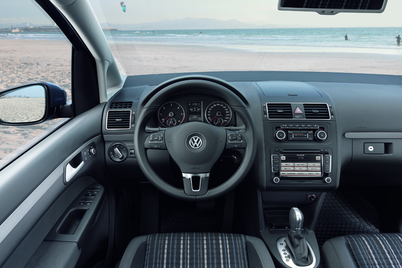 Volkswagen CrossTouran - Trova le differenze