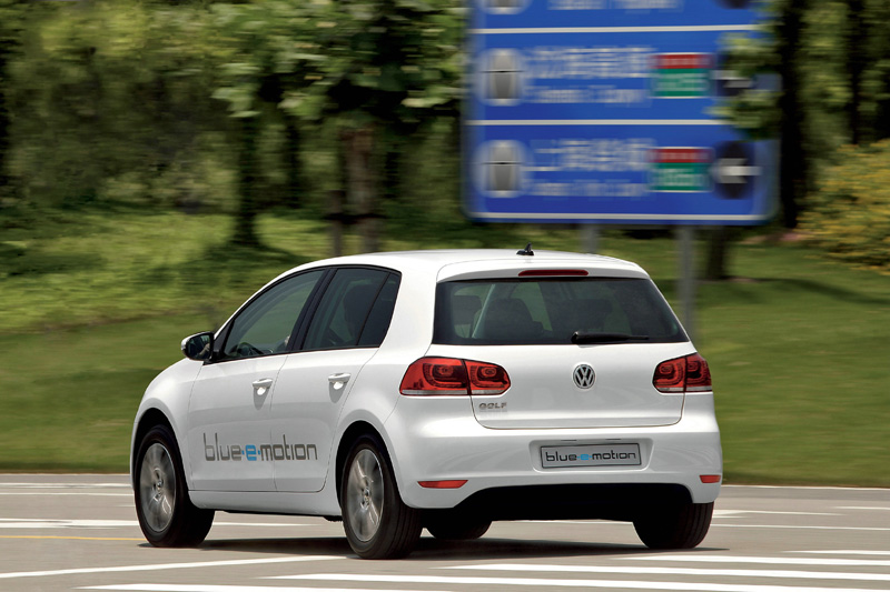 Volkswagen Golf blue-e-motion - La coda