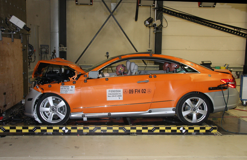 Mercedes classe E Coupé - Il crash-test