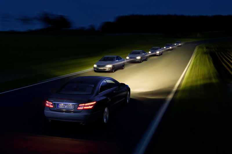Mercedes classe E Coupé - L'Adaptive Highbeam Assist