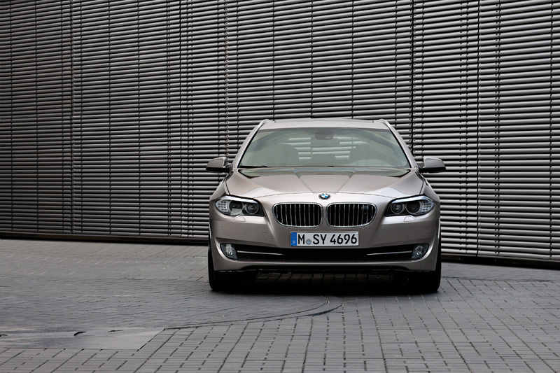 BMW 520d Touring - Il frontale