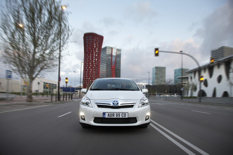 Toyota Auris Hybrid - Il frontale