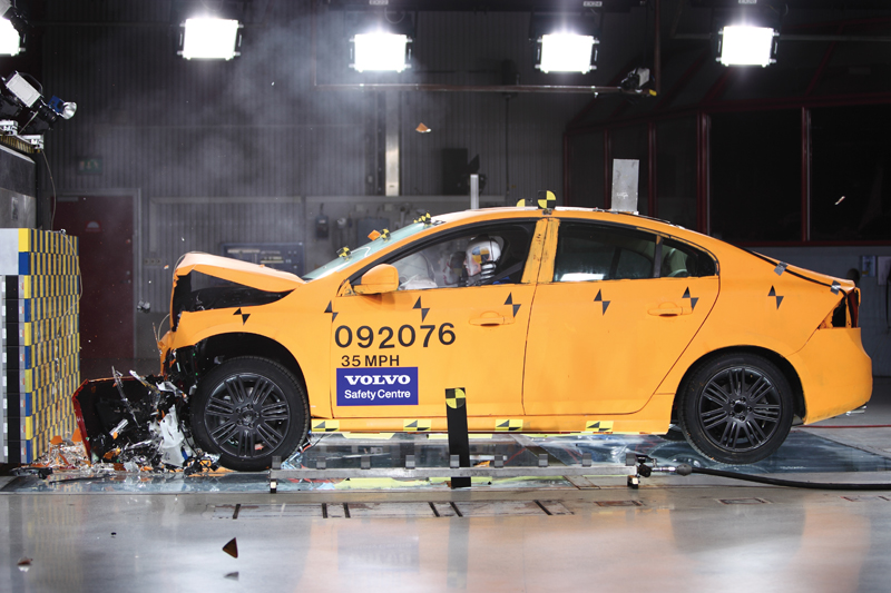 Volvo S60 - Il crash-test