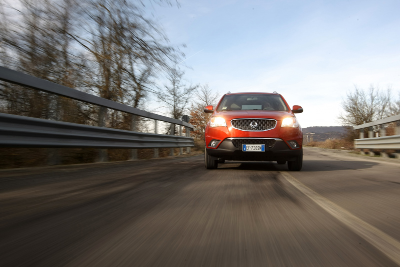 Ssangyong Korando - Il frontale