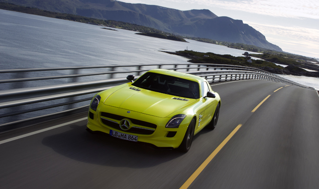 Mercedes-sls-amg-Frontale