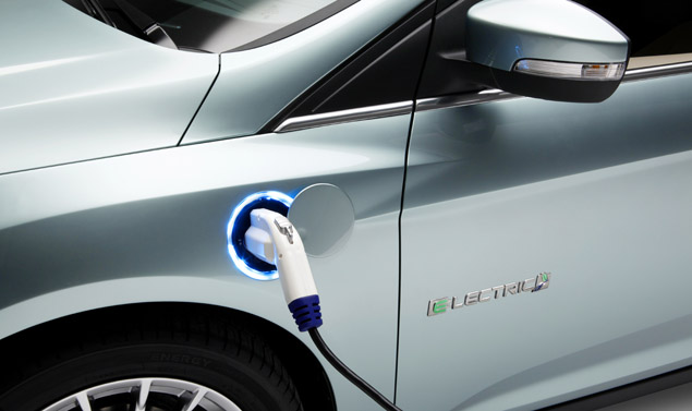 Ford Focus Electric - Ricarica le batterie