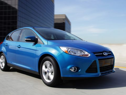 Ford Focus 2012 - Frontale basso