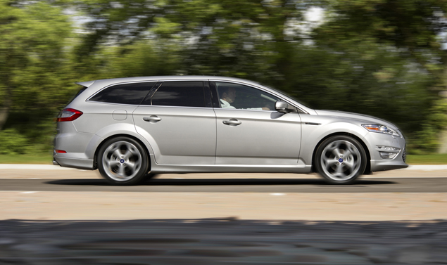 Ford Mondeo SW laterale
