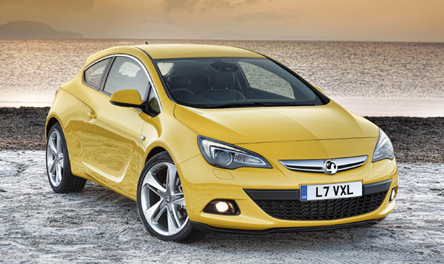 Opel Astra GTC - Il frontale
