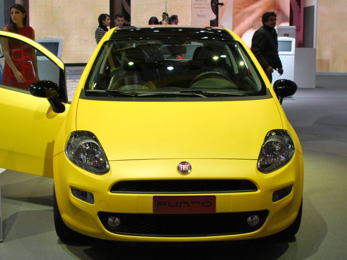8 - Motor Show 2011 - Fiat Punto frontale