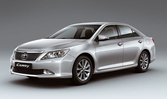 Toyota Camry - Nuove immagini - Frontale