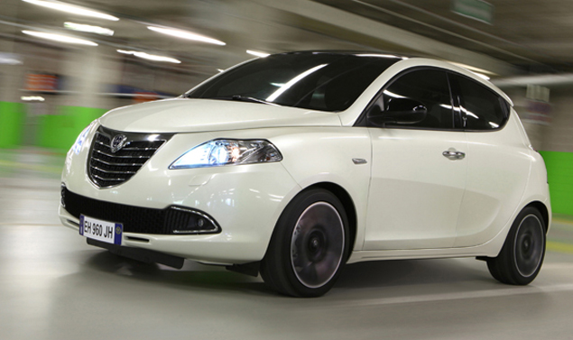 Lancia Ypsilon Vista Laterale
