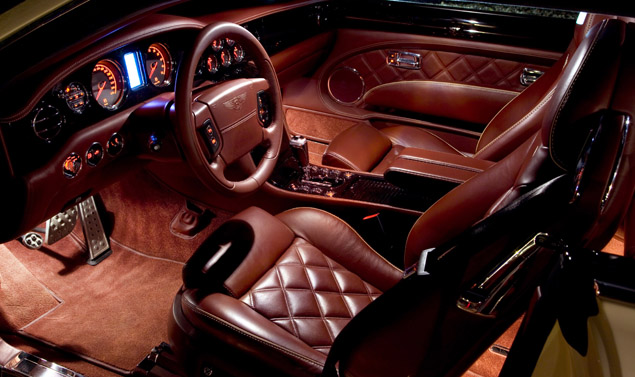 Bentley Brooklands interni
