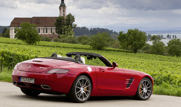 Mercedes SLS AMG Roadster - Linea Red