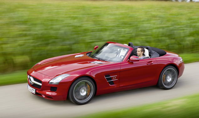 Mercedes SLS AMG Roadster - Su Strada Red