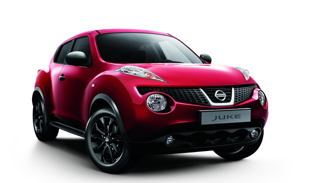 Nissan Juke Kuro Limited Edition - Il Frontale in rosso