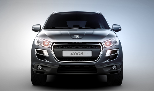 Peugeot 4008 - Frontale