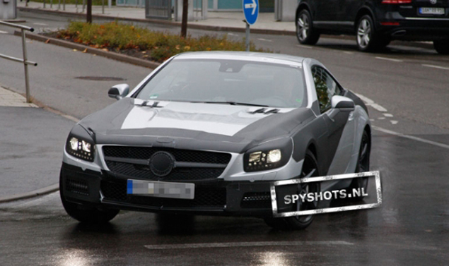 Mercedes SL - Frontale