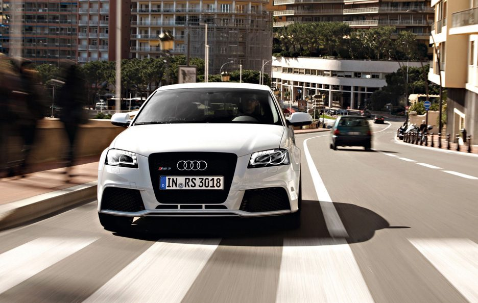 39 - Audi RS3 Sportback frontale