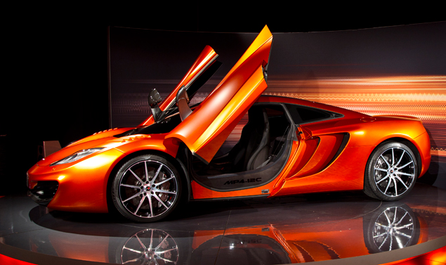 Mc Laren MP4-12C Volcano Orange - Il profilo