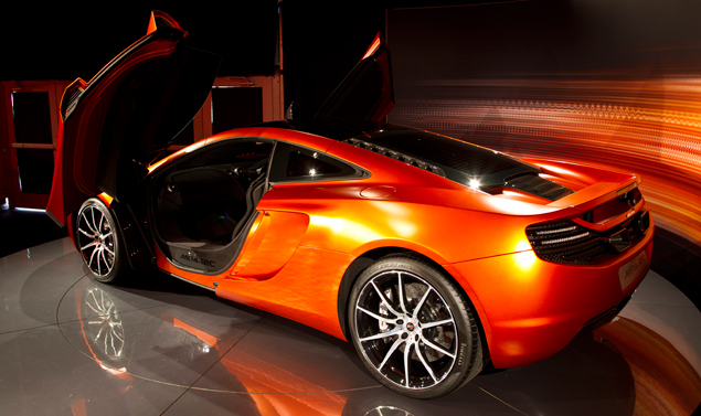 Mc Laren MP4-12C Volcano Orange - Il retrotreno