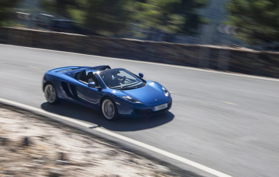 McLaren MP4-12C Spider - Blu - In motion