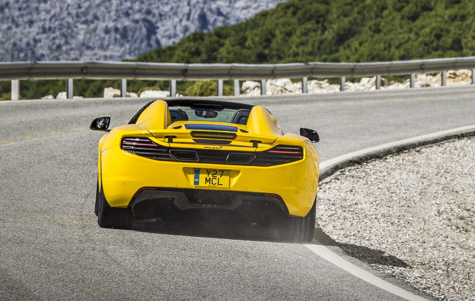 McLaren MP4-12C Spider - Gialla - Retrotreno