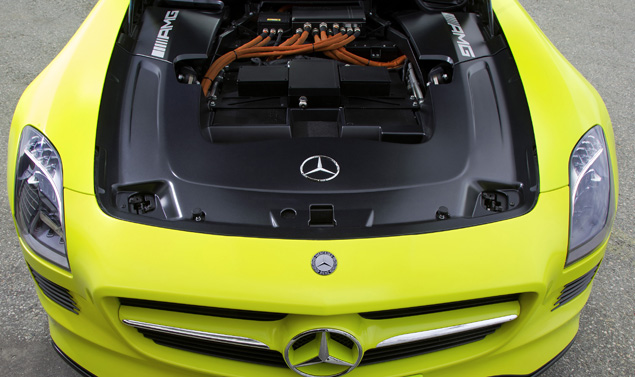 Mercedes SLS AMG E-CELL motore