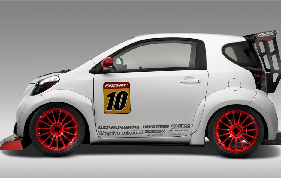Scion iQ-RS - Fiancata