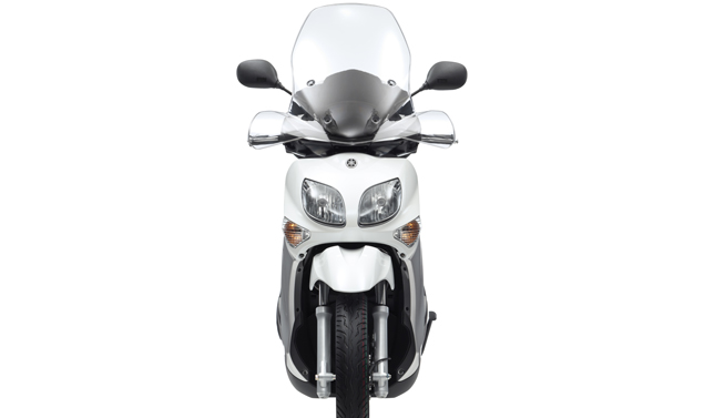Yamaha Xenter 150 m.y. 2012 - White Frontale