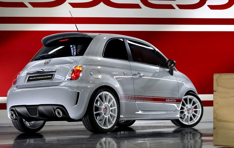 12 - Abarth 500 esseesse tre quarti posteriore