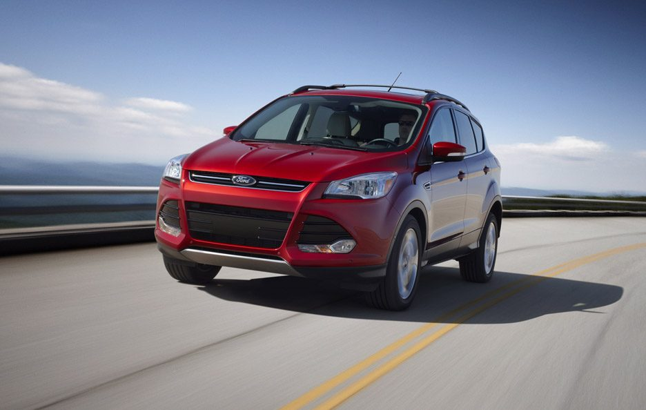 Ford Escape - Red - Su strada