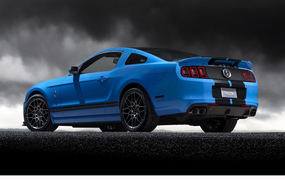 Ford Mustang Shelby GT500 - Profilo posteriore