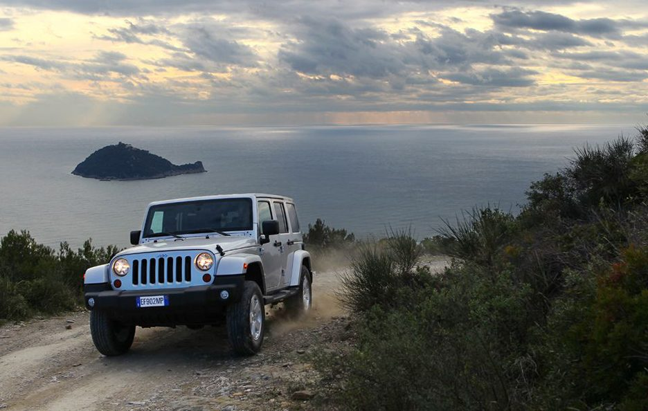 Jeep Wrangler Unlimited 2013 - Anteriore in motion