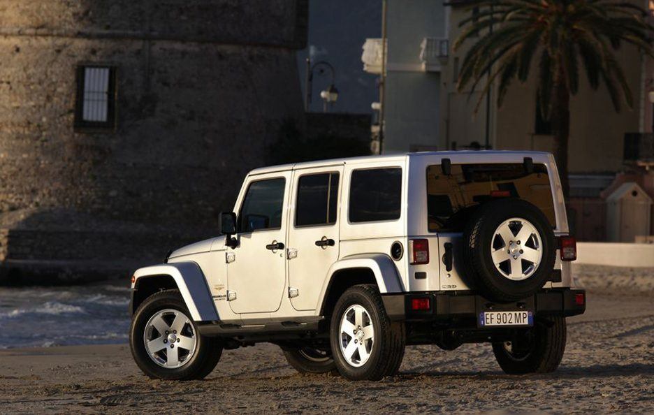 Jeep Wrangler Unlimited 2013 - Linee posteriore