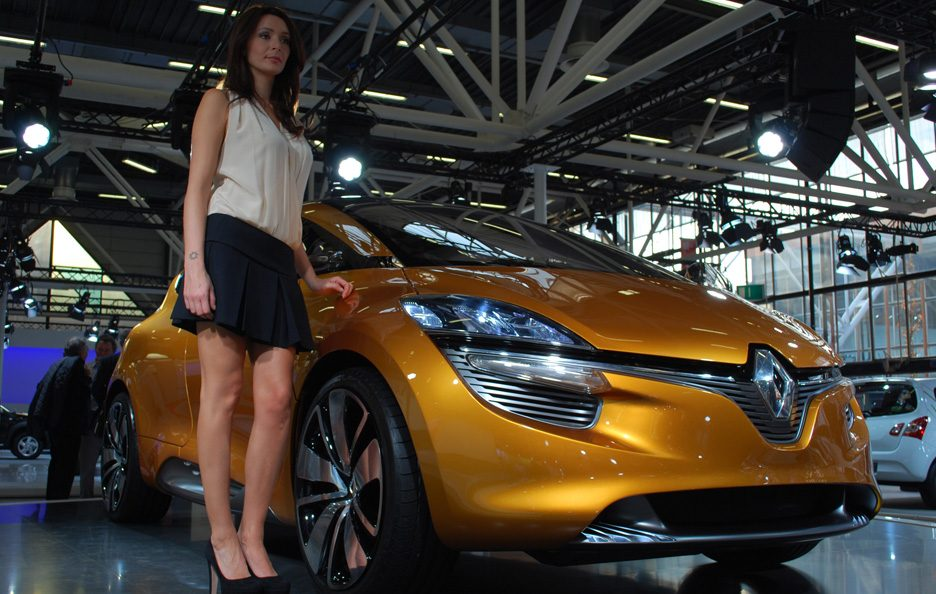 1 - Motor Show 2011 - Renault R-Space