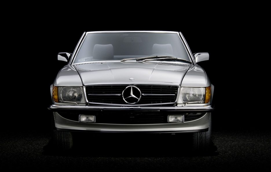 27 - Mercedes SL R107 frontale
