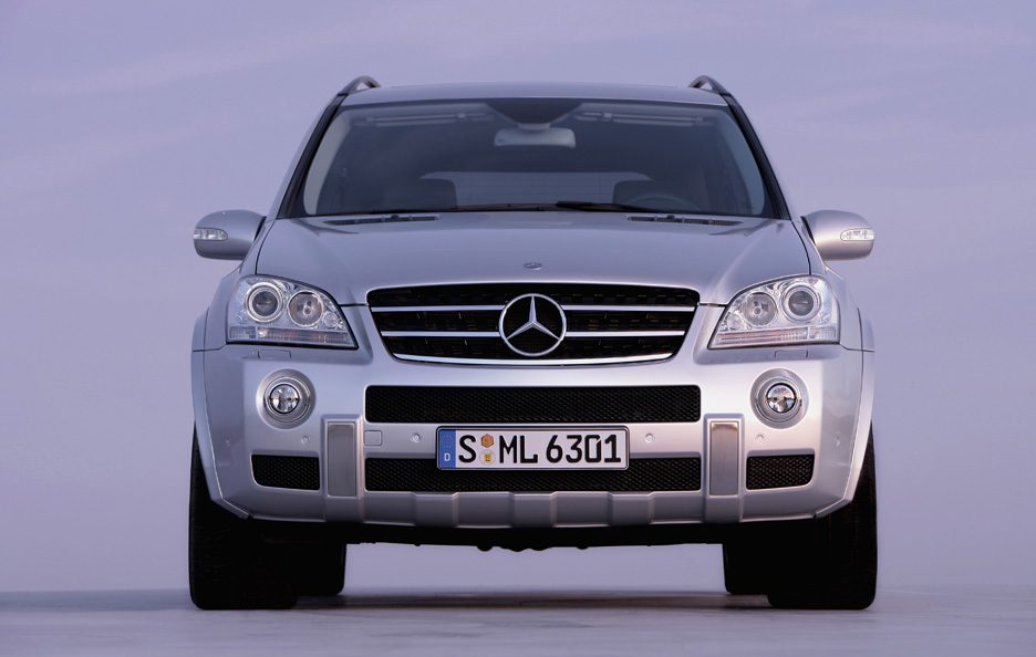 30 - Mercedes classe M W164 AMG frontale