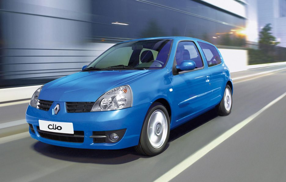 30 - Renault Clio II restyling