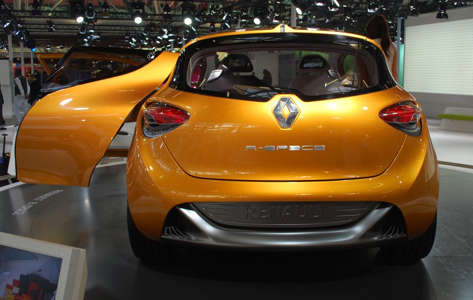 4 - Motor Show 2011 - Renault R-Space coda