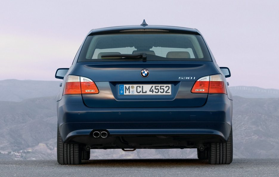 44 - BMW serie 5 E60 Touring restyling coda