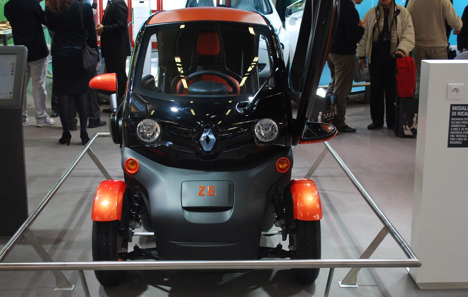 59 - Motor Show 2011 - Renault Twizy frontale