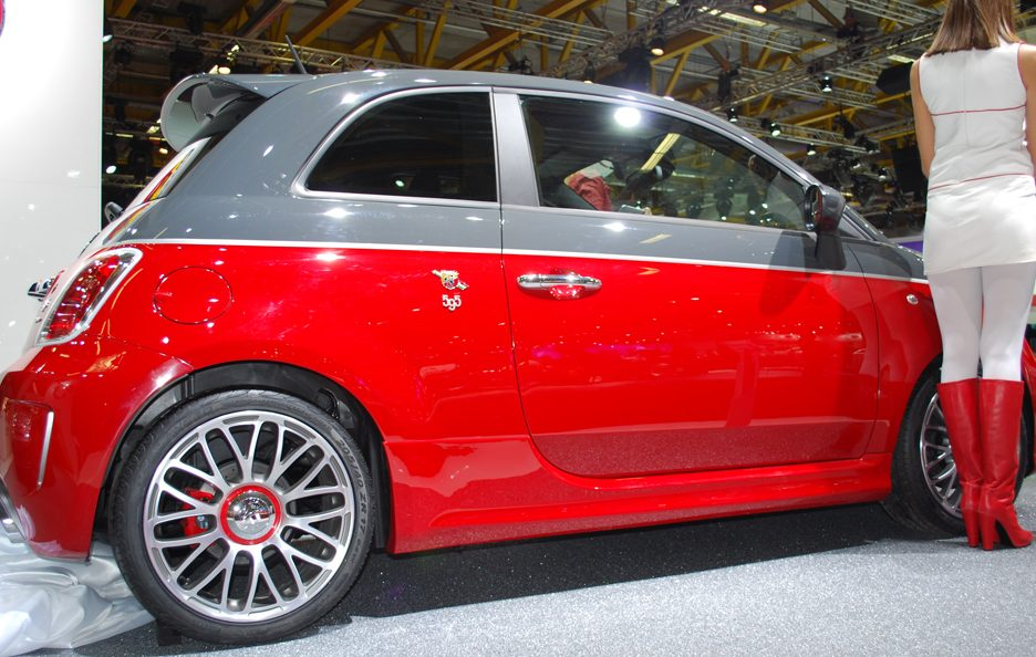 abarth 595 turismo motor show 2011 foto panoramauto. Black Bedroom Furniture Sets. Home Design Ideas