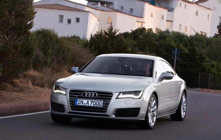 Audi A7 - Frontale in motion