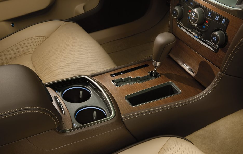 Chrysler 300 Luxury Series - Concole centrale